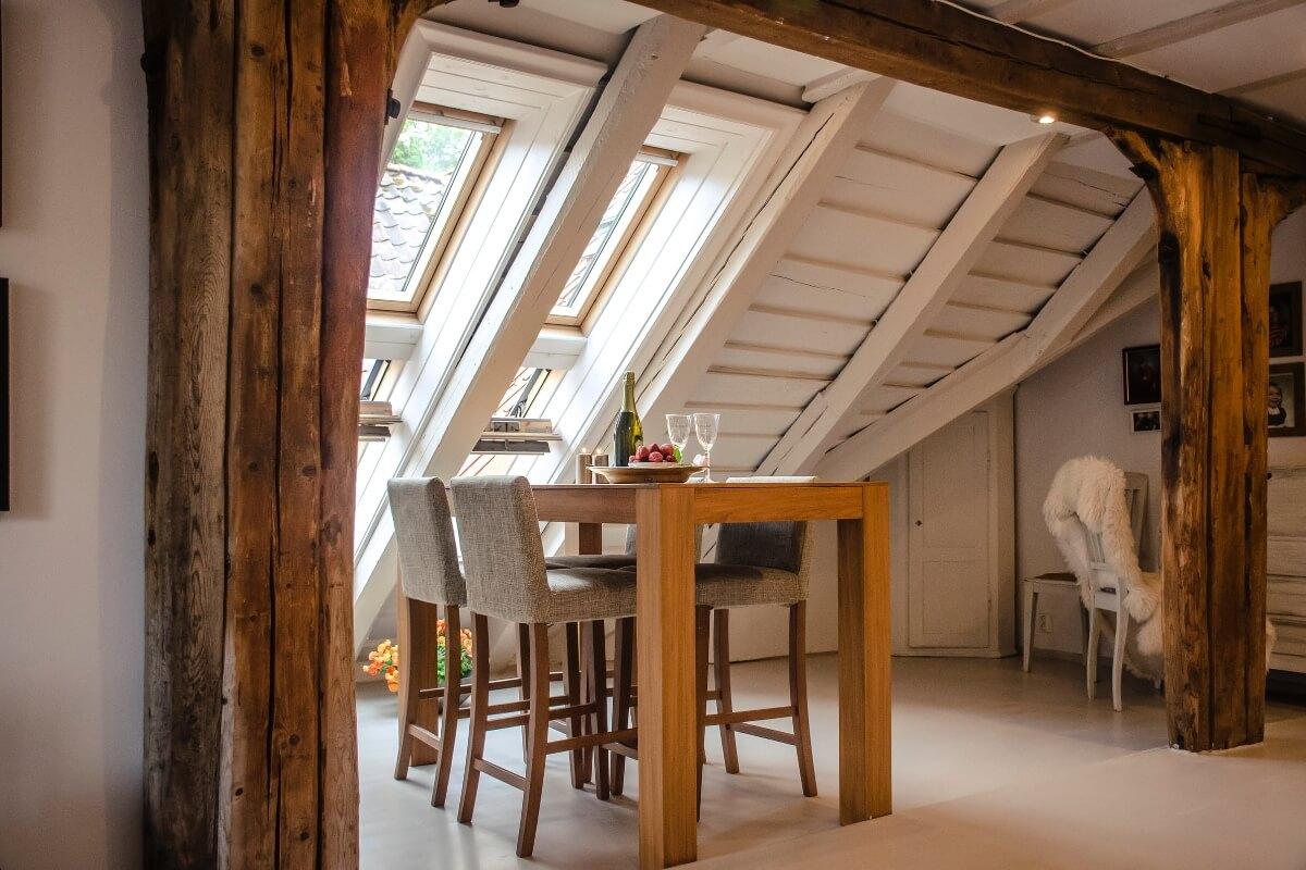 Drvena montažna kućica interijer